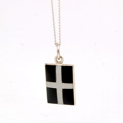 Cornish flag pendant